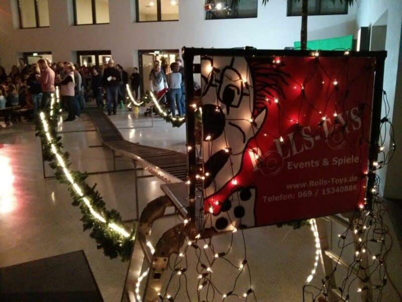 Indoor Schlittenbahn für Kinder zu Weihnachten