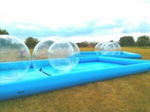 Pool für Wasserlaufbälle