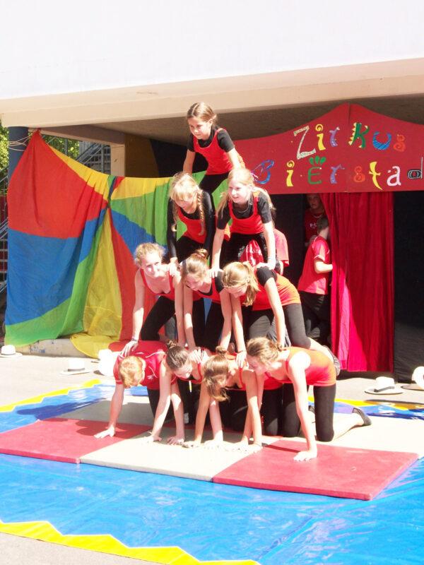 akrobaten-pyramide